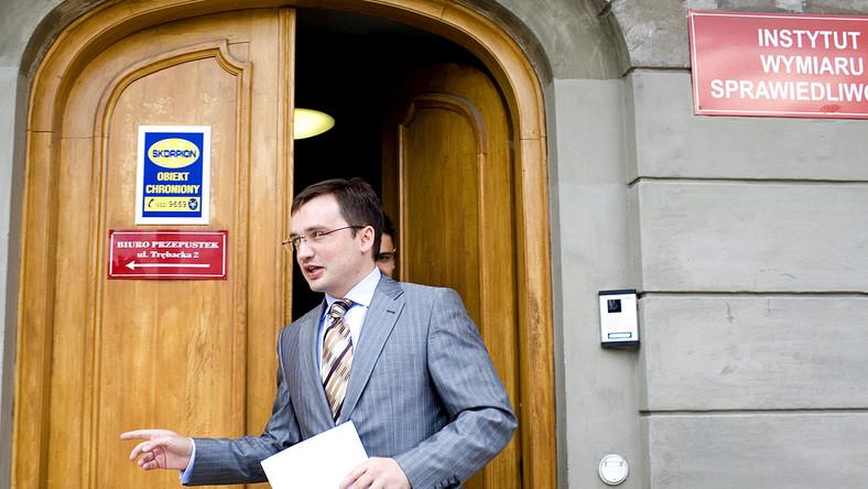 Ziobro mógł osobiście bronić się na komisji regulaminowej, ale nie chciał