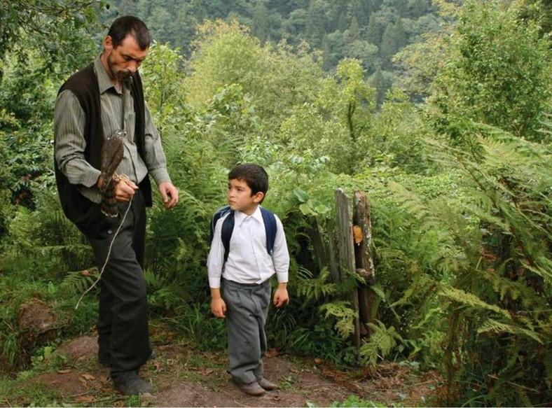 """""""Bal"""", reż. Semih Kaplanoglu. Turecko-niemiecka produkcja, zdobywca Złotego Niedźwiedzia 60. Berlinale"""