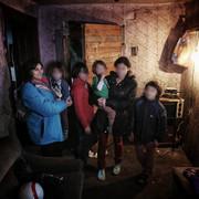 Porodica u trošnoj kući kod Alibunara