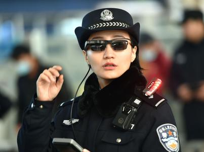 Policja w Zhengzhou dostała nowe narzędzie na chwilę przed Chińskim Nowym Rokiem