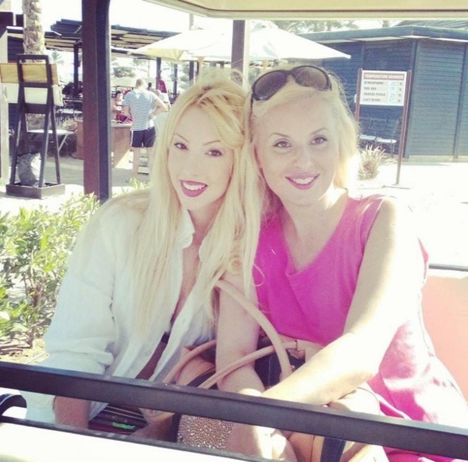 Lea Kiš sa ćerkom