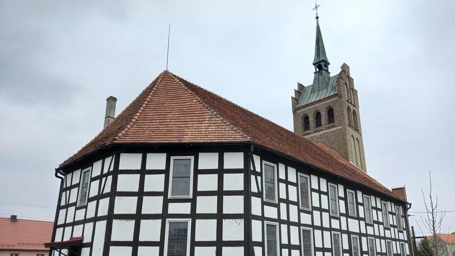 W dawnym Wolnym Państwie Świętno kościół ewangelicki pastora Emila Gustava Hegemanna