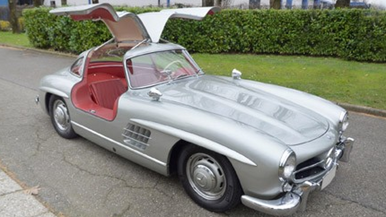 Mercedes Gullwing z 1955 r.