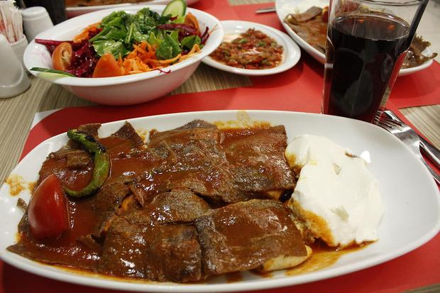 Ramadan, kaloryczny posiłek