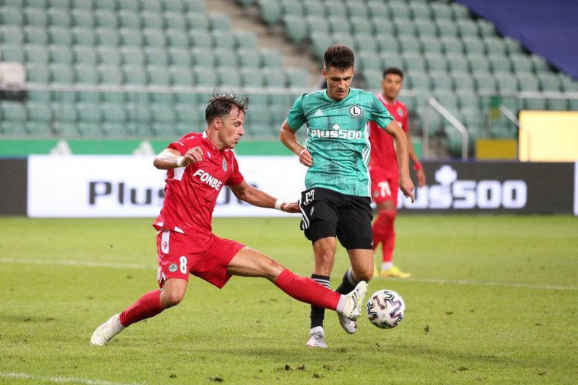 Rok temu Legia przegrała u siebie z Omonią.