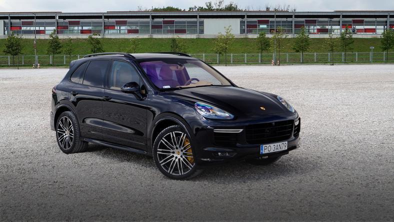 Porsche cayenne turbo s super suv test moto - Super sayenne ...