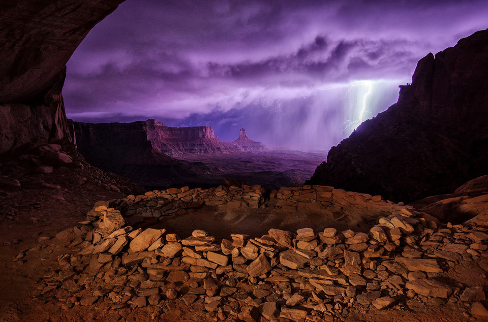 II miejsce - Thunderstorm at False Kiva (pol. Burza nad False Kiva) - Max Seigal/National Geographic Traveler Photo Contest