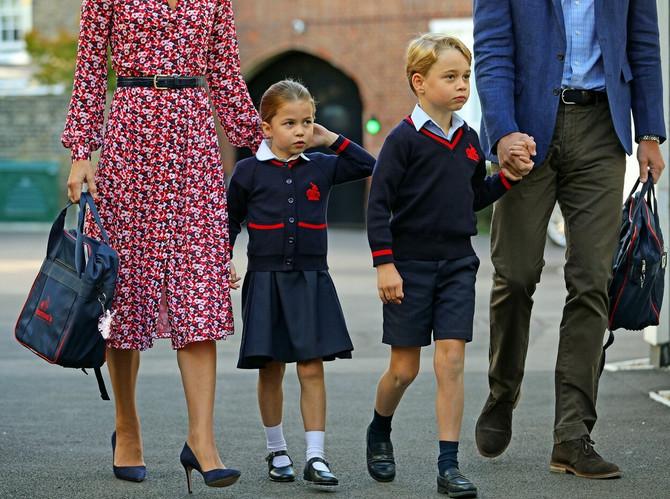 Šarlot i Džordž na početku školske godine 2019: princeza je prošle godine bila đak prvak