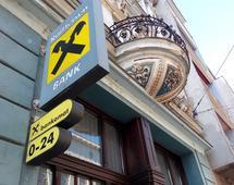 Austriacki właściciel Raiffeisen Bank Polska ma kolejny pomysł, jak wprowadzić go na giełdę i sprzedać z zyskiem