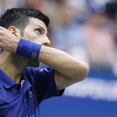 Hrvat koji je trenirao Federera ČUDNOM IZJAVOM ZABRINUO Novakove navijače: Ne bi me čudilo da Đoković ne odigra nijedan meč!
