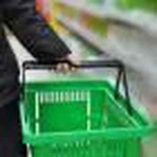 Czeskie supermarkety muszą oddać niesprzedaną żywność. Obawy organizacji charytatywnych