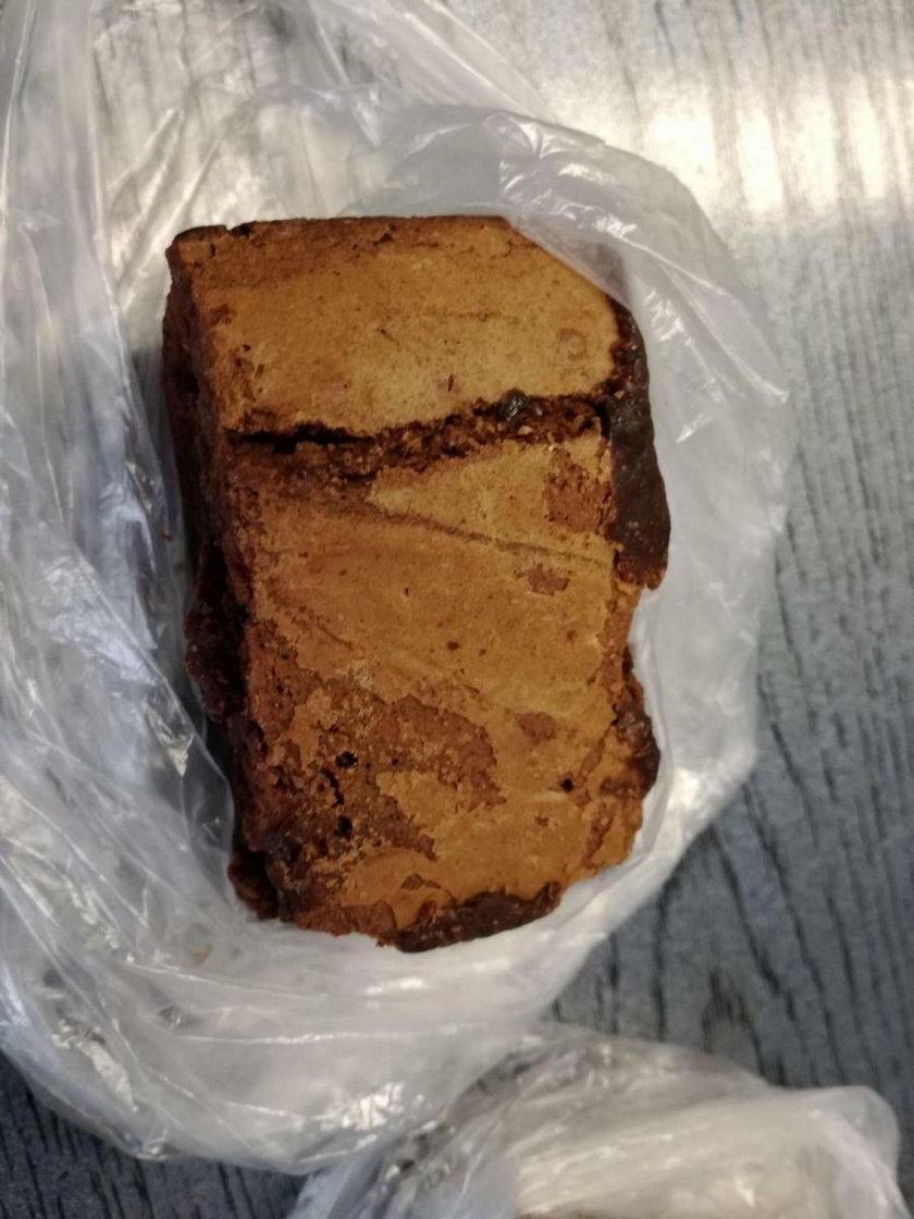 Ciasto z dodatkiem