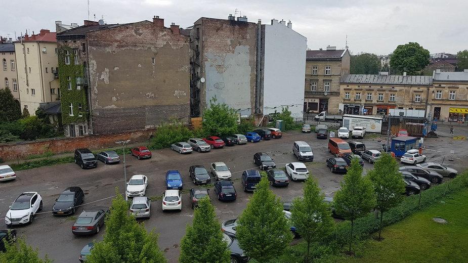 Park przy Karmelickiej w Krakowie. Zastąpi dziki parking!