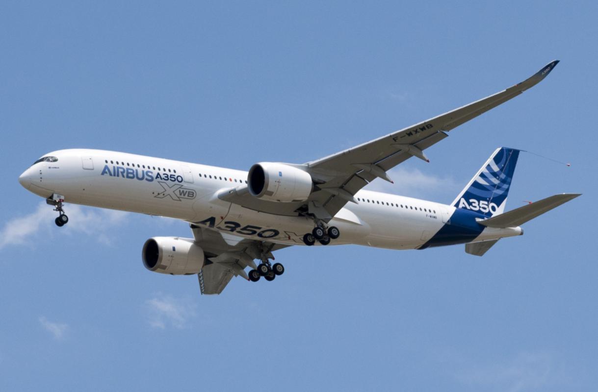 Oblot pierwszego egzemplarza Airbusa A350-900