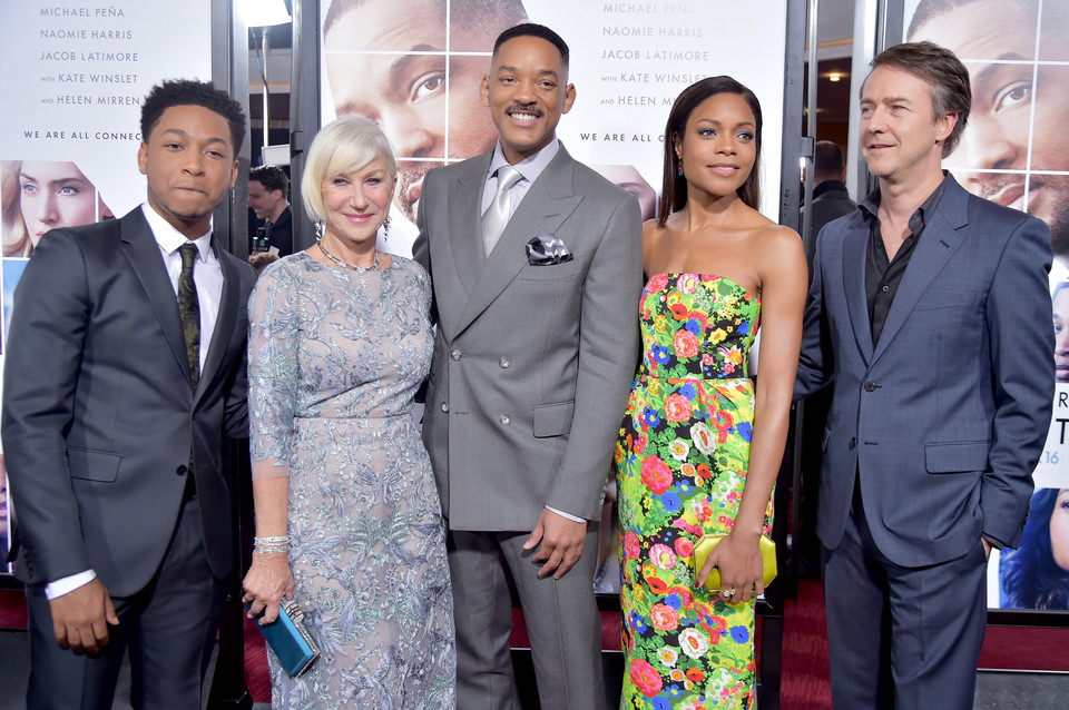 Helen Mirren oraz Jacob Latimore, Will Smith, Naomie Harris i Edward Norton