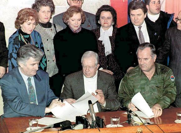 Na Palama 1994. sa bivšim predsednikom SAD Džimijem Karterom