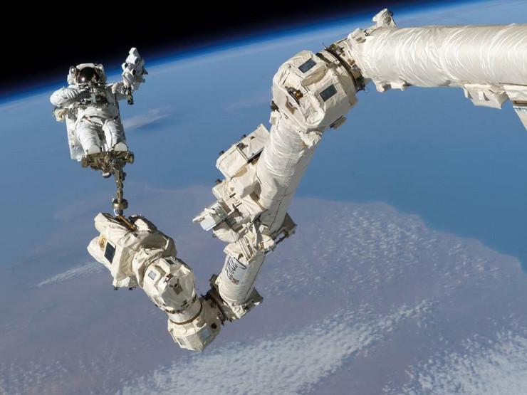 svemirska setnja01 foto NASA