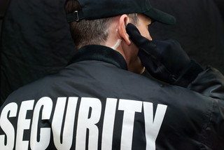 Wielka iluzja bezpieczeństwa: Mamy tysiące ochroniarzy, ale zaledwie 2 proc. obiektów jest dobrze chronionych