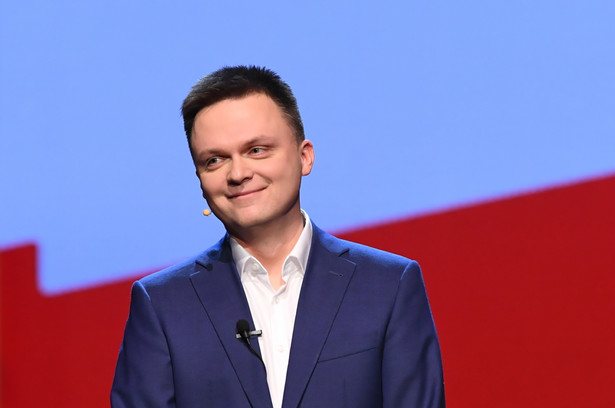 Powiem wprost, po raz pierwszy publicznie - na początku przyszłego roku zostaną ogłoszone wybory prezydenckie, chcę w nich kandydować - powiedział w niedzielę w Gdańsku dziennikarz Szymon Hołownia.Szymon Hołownia
