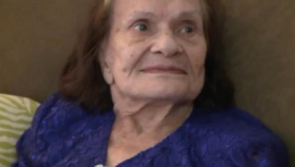 Dobila pisma posle skoro 70 godina