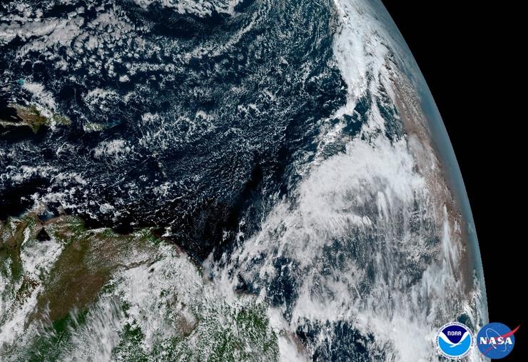 zemlja iz svemira fotografije GOES-16 satelit03 foto Promo