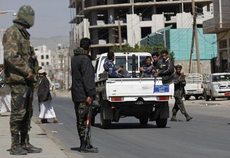 RAZMJENA ZAROBLJENIKA! Jemenski Huti oslobodili dvoje državljana SAD-a