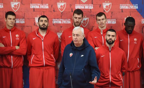 Dragan Šakota na konferenciji za štampu