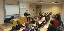 Polskie uczelnie to fabryki bezrobotnych