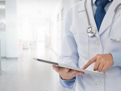 74,4 proc. ankietowanych szpitali twierdzi, że ma zapas leków na 7-14 dni