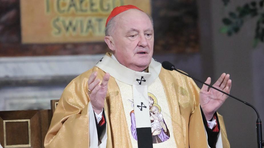 Kardynał Kazimierz Nycz zasłabł podczas mszy