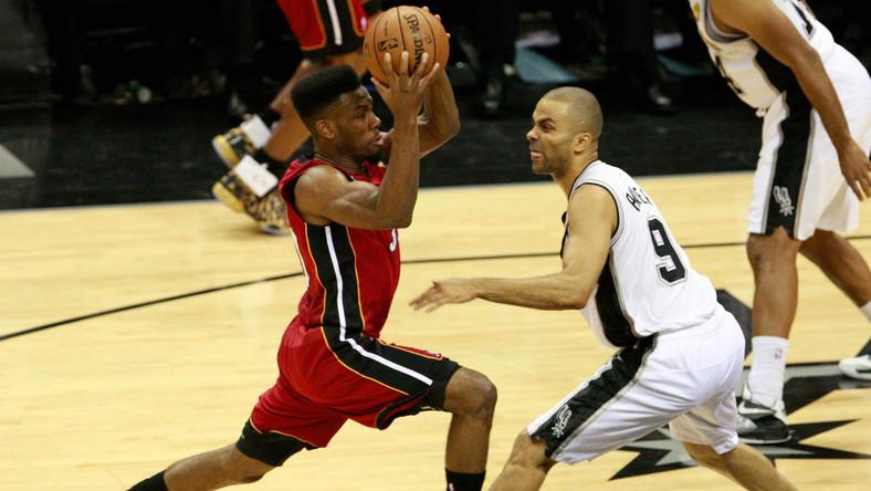 Heat pokonali Spurs i wyrównali stan rywalizacji w finale