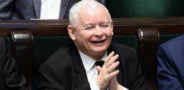 """Kaczyński ma powody do radości. Jest jedno """"ale"""""""