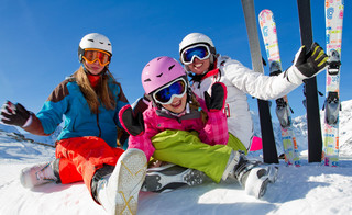 Wczasy pod gruszą także w zimie: Zobacz, jak otrzymać dofinansowanie do ferii dziecka