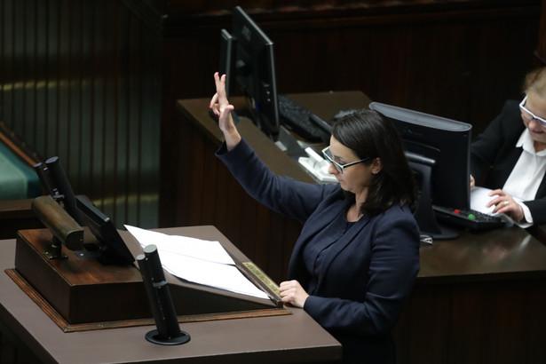 Pierwsze czytanie prezydenckiego projektu ustaw o KRS