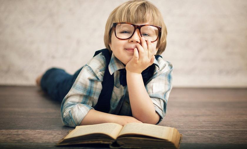 Siedem książek na Dzień Dziecka. W tym krwawy kryminał i zupełne zaskoczenie!