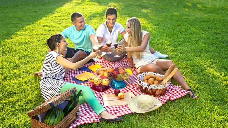Jak jeść zdrowo na wakacjach?