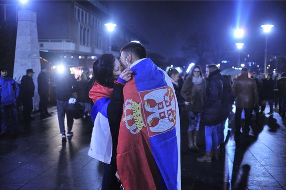 Poljubac u ponoć
