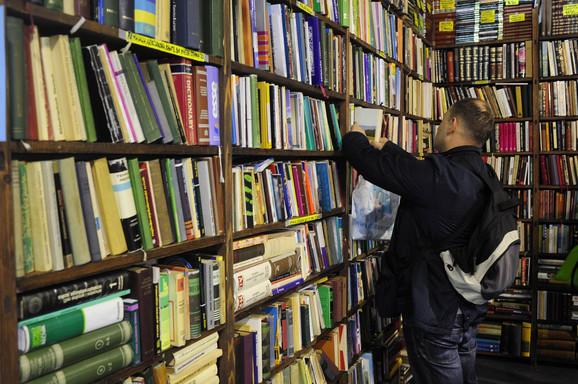 Ima li mesta za domaću literaturu?