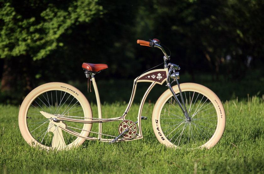 Buduje niezykłe rowery!