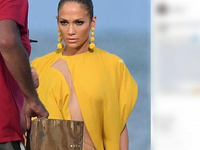 Džej Lo je na plažu došla bez BRUSA I GAĆICA, a kad vidite donji deo haljine, teško ćete doći do daha!