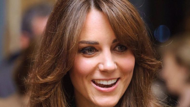 Wczoraj małżonka księcia Williama zaprezentowała nowe cięcie i kolor włosów