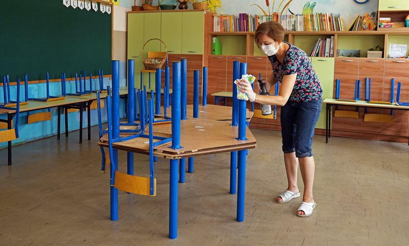Wyjaśniamy, jak szkoły mają funkcjonować w czasie pandemii