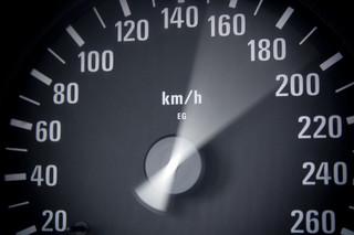 """Szalek vs Czajkowski: """"Czy prędkość zabija?"""" [PODCAST]"""