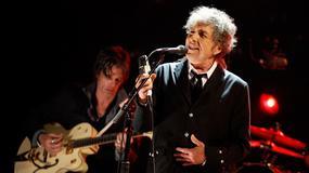 Bob Dylan rozdaje płyty seniorom