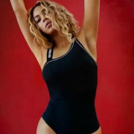 Beyonce w reklamie własnej marki odzieżowej. Seksowna?