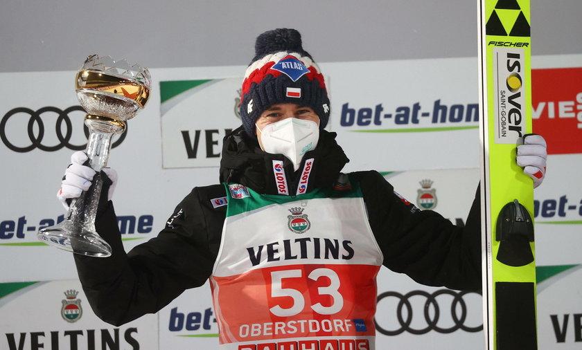 Kamil Stoch awansował na 3. miejsce w Pucharze Świata