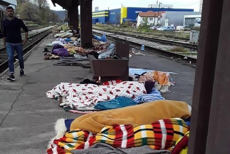 migranti Tuzla -Foto-Tuzlanski-volonteri-Facebook