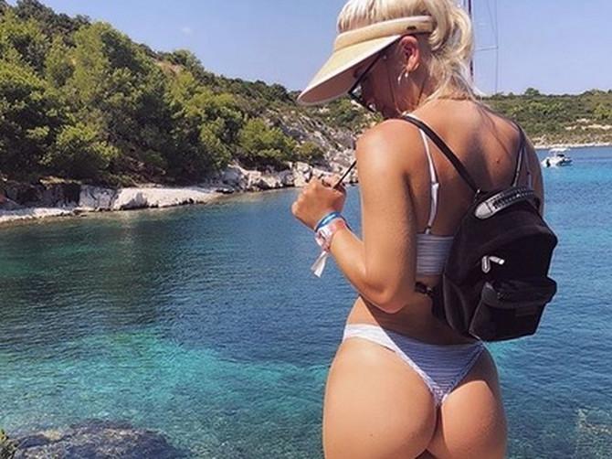 Napustila je PRAVNI FAKULTET da bi slikala zadnjicu na Instagramu: Novac koji zaradi na jednoj fotografiji je NEREALAN