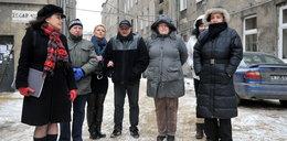 Czy miasto może im pomóc? Lokatorzy z Nowomiejskiej nie chcą już żyć w ruinie