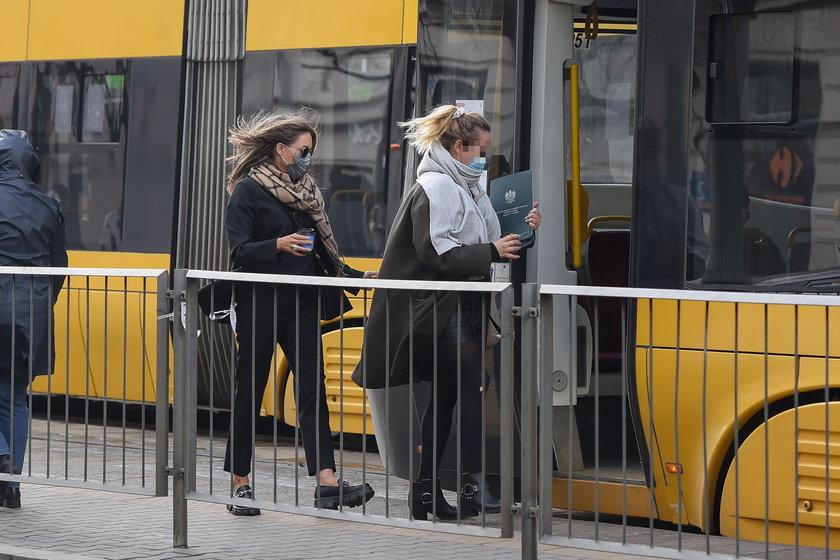 Małgorzata Rozenek w tramwaju
